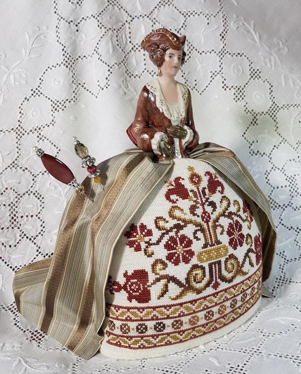 Embroidered Pincushion doll Giorgia made by Giulia Punti Antichi