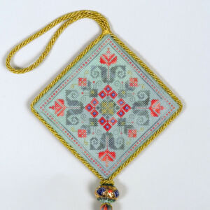 D5 Christmas Ornament deruta with tassle