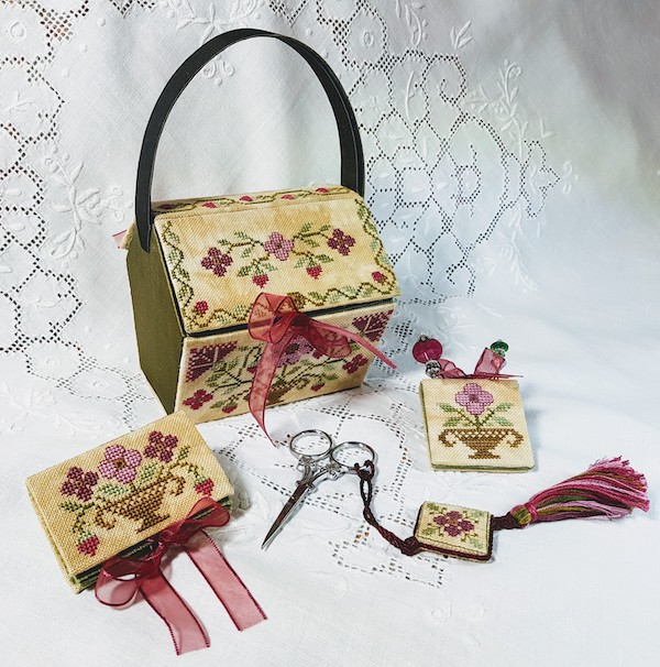 sewing set embroidered with berries and flowers